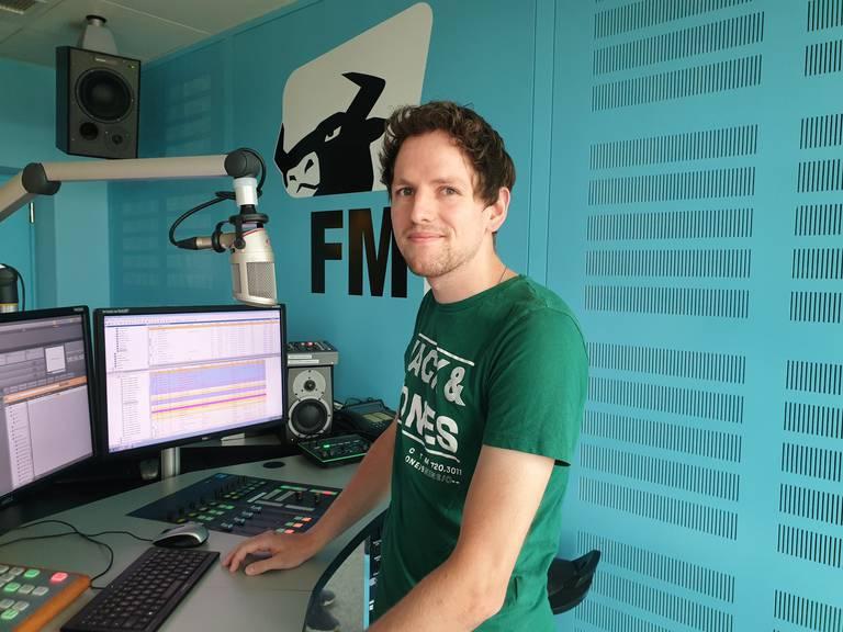 Stefan Hasler hat schon viele schöne Erinnerungen durch die Arbeit für «Geheime Wünsche» gesammelt. (Bild: Radio FM1)