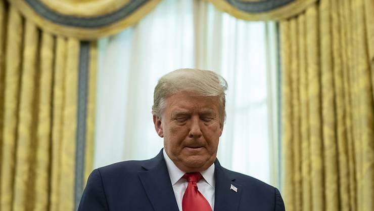 US-Präsident Donald Trump zeigt sich über  Justizminister William Barr enttäuscht. Foto: Evan Vucci/AP/dpa