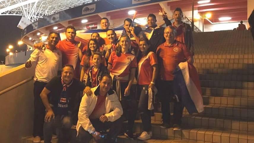 Die Mitarbeiter von Stéphane Dähler am entscheidenden Spiel zur WM-Qualifikation.