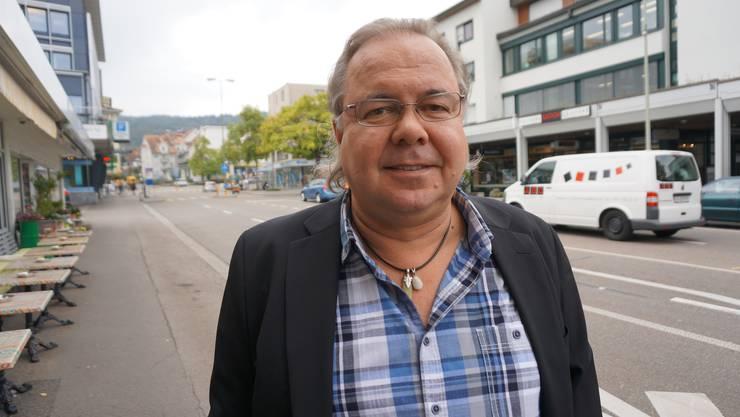 «Es gibt nicht viel Schönes in Schlieren, ein Zentrum fehlt. Für mich als ehemaligen Gemeinderat Schlierens ist der Stadtpark ein Kraftort. Als Aussenstehender erscheint mir das Tempo des Wachstums zu schnell.»