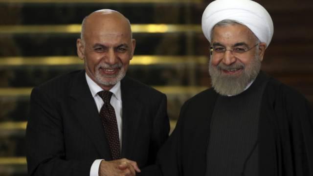 Afghanistans Präsident Ghani und sein iranischer Amtskollege Ruhani
