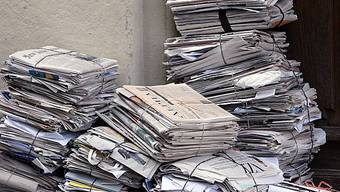 Bezahlte Zeitungen haben immer weniger Leser (Symbolbild)
