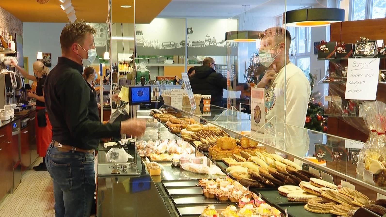 Thumb for ‹Polizei schliesst Bäckerei wegen neuen Corona-Regeln›