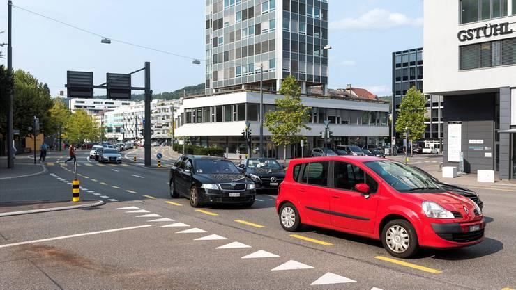 Auf der Badener Gstühl-Kreuzung soll keine Radaranlage hin, findet die Aargauer Regierung.