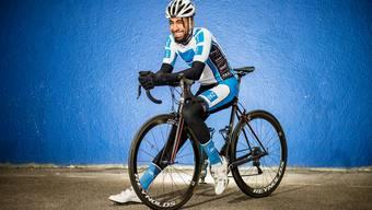 Natnael Mesmer hat seinen Traum Radprofi zu werden noch nicht aufgegeben, obwohl er 27-jährig ist.