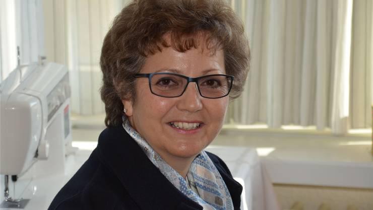 Die  Leiterin Pflege und Betriebswirtschaft im Pflegezentrum des Spitals Limmattal, setzt sich seit Jahren für chronisch Kranke ein. Unter ihrer Führung hat das Pflegezentrum im «Limmi» 2012 als erste Langzeitinstitution der Schweiz eine Auszeichnung für Palliativ-Leistungen erhalten.