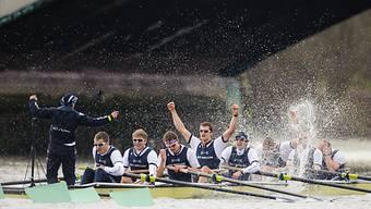 Oxford jubelt nach dem Sieg über Cambridge