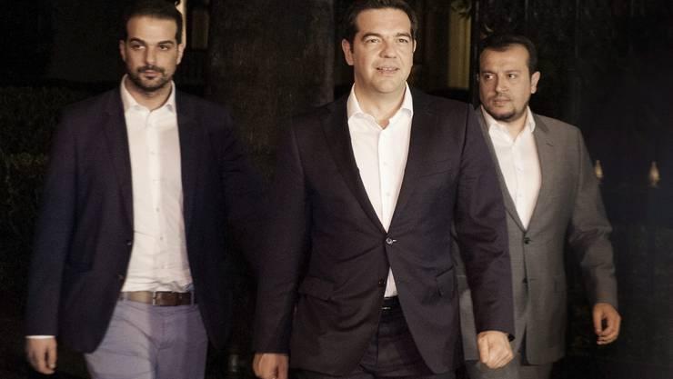 Premier Alexis Tsipras nach seinem Gespräch mit Präsident Prokopis Pavlopoulos.