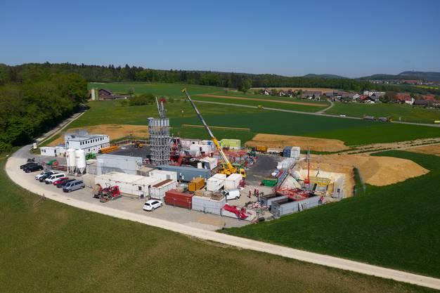 """Sondierbohrung in Bözberg: Die Nationale Genossenschaft für die Lagerung radioaktiver Abfälle (Nagra) hat die Bohrung """"Bözberg 1"""" gestartet."""