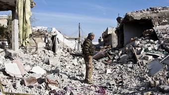 Kurdischer YPG-Kämpfer in Kobane: Warum Diplomatie jetzt zählt. (Archivbild)