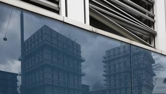 Die Ratingagentur Moody's warnt: Aktuelle politische Entwicklungen seien eine Gefahr für Schweizer Hypothekarbanken. (Archivbild)