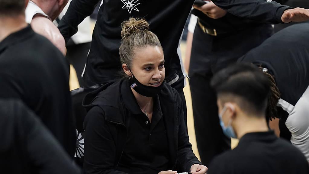 Becky Hammon musste für die Partie gegen die San Antonio Spurs übernehmen
