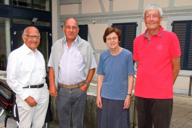 Nach langjährigem Wirken traten Hermann Lengwiler, Heinz Thüring, Lisabeth Tschan und Hans W. Burkhard aus dem Vorstand zurück (vl).