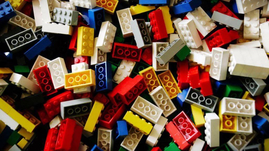 Lego will künftig nicht mehr wissen, wofür Grossbestellungen von Legosteinen gebraucht werden. Es muss nur deutlich sein,  dass allfällige Ausstellungen mit Lego-Kreationen nicht von dem Unternehmen unterstützt wurden (Symbolbild).