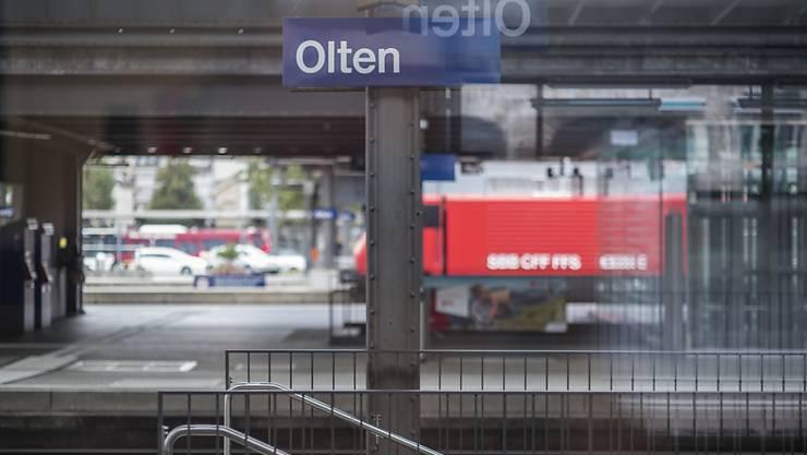 Eine verbale Auseinandersetzung in einem Zug endete im Bahnhof Olten mit einem Angriff mit einer Stichwaffe. (Symbolbild)