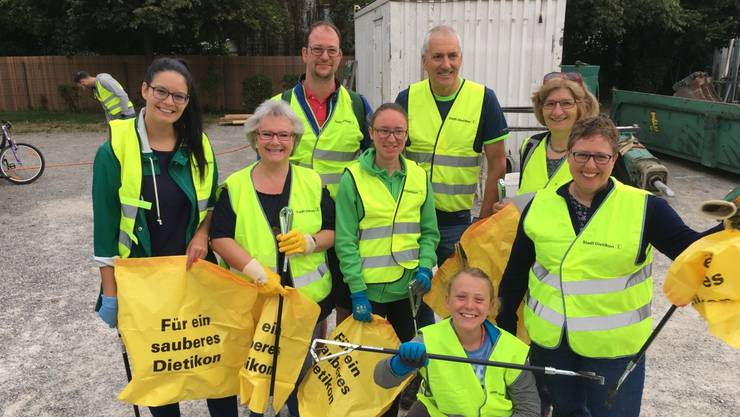 Das Team der EVP Dietikon am Clean-up-Day