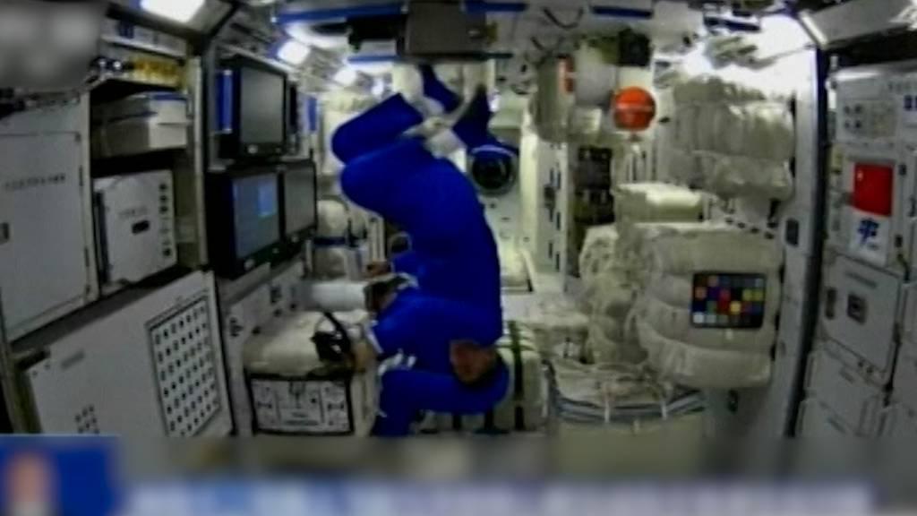 Erste chinesische Astronauten beziehen neue Raumstation