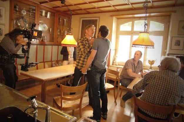Die Dreharbeiten im Restaurant Frohsinn, wie die Dorfbeiz «Weisser Wind» in der Serie hiess, brachte dem beschaulichen Freienwil nie gekannte Aufmerksamkeit.