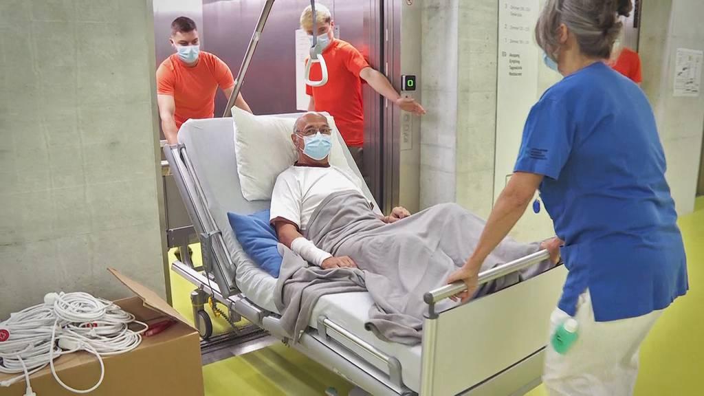 «Wie im Bienenhaus» – Zügeltag im Spital Grabs
