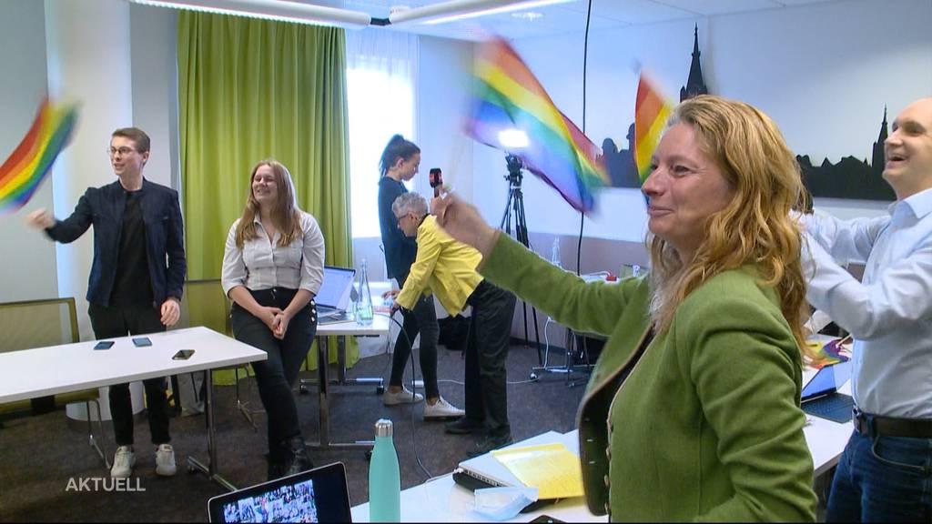 Durchbruch für Schwule und Lesben