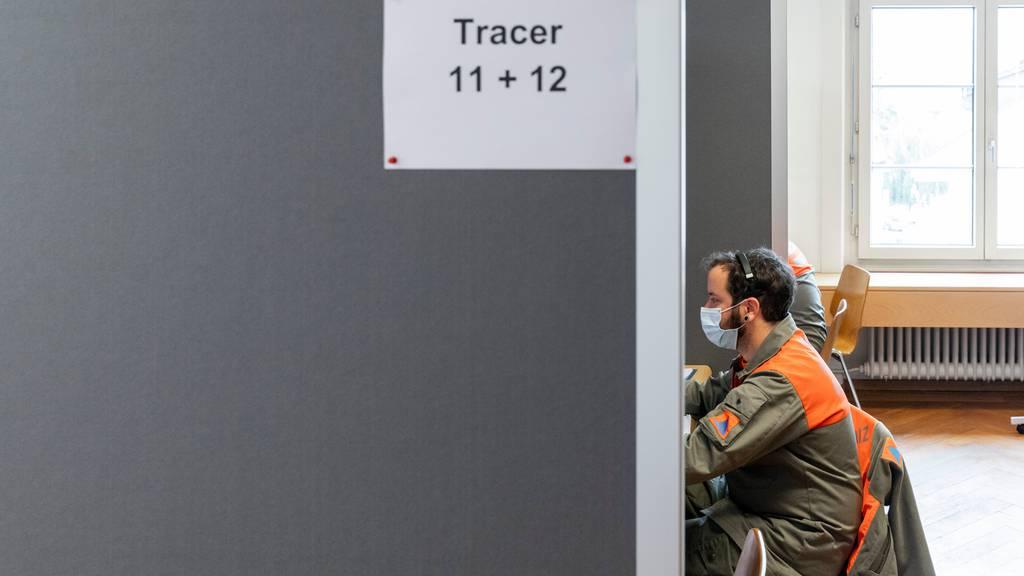 Contact Tracing am Anschlag: Jetzt sollen Arbeitslose helfen