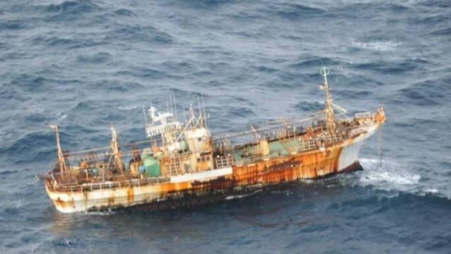 Der Eigentürmer des Fischerboots hat keine Verwendung mehr dafür
