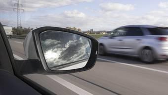 Zum Unfall kam es auf der Autobahn A2. (Symbolbild)