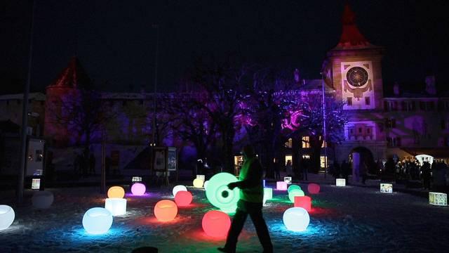 Lichtfestival Murten lässt die Nacht erstrahlen