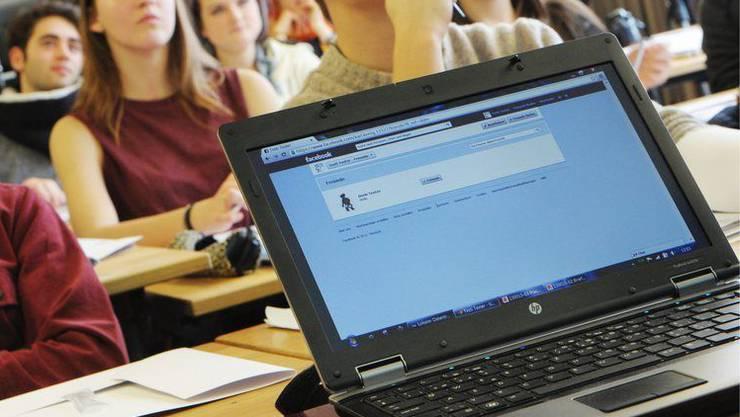 Begabte Schüler der Kantonsschule Baden werden in Zukunft stärker gefördert. (Symbolbild).