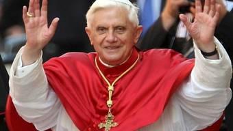 Zehntausende Fans erwarten Papst Benedikt XVI. in Spanien (Archiv)