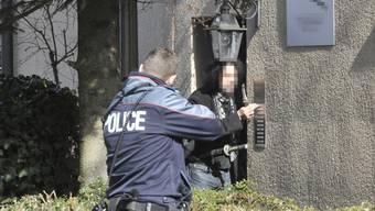 Aidsstecher in Bern gegen die Polizei