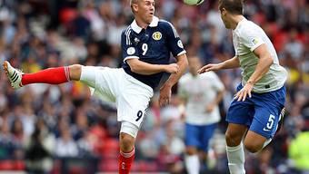Der Schotte Kenny Miller (l.) blieb gegen Serbien ohne Treffer.