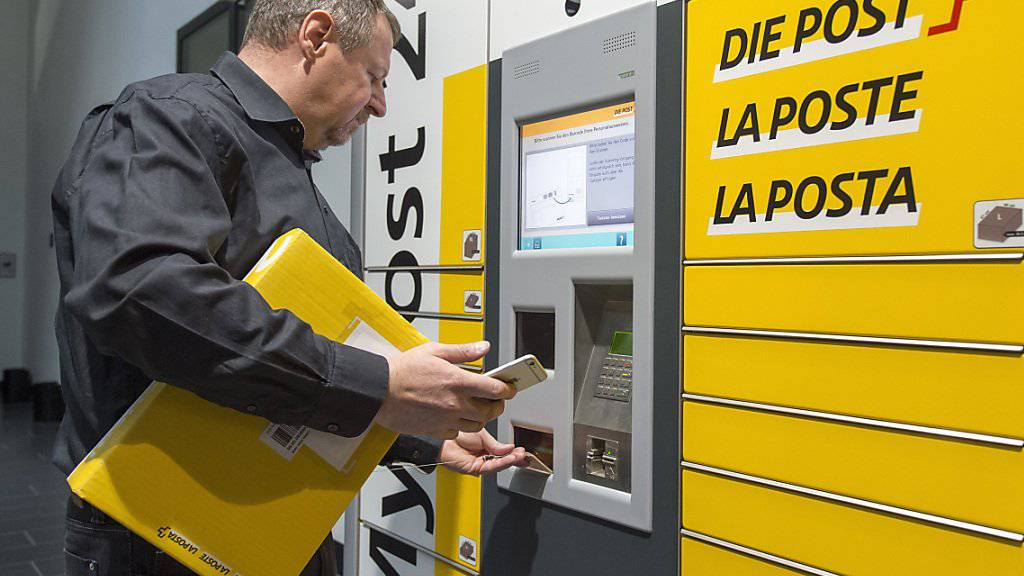 """""""My Post Automat"""" des Post-Netzes der Zukunft: Die Zukunft der Mitarbeiter des gelben Riesen beschäftigt die Sonntagszeitungen. (Archivbild)"""