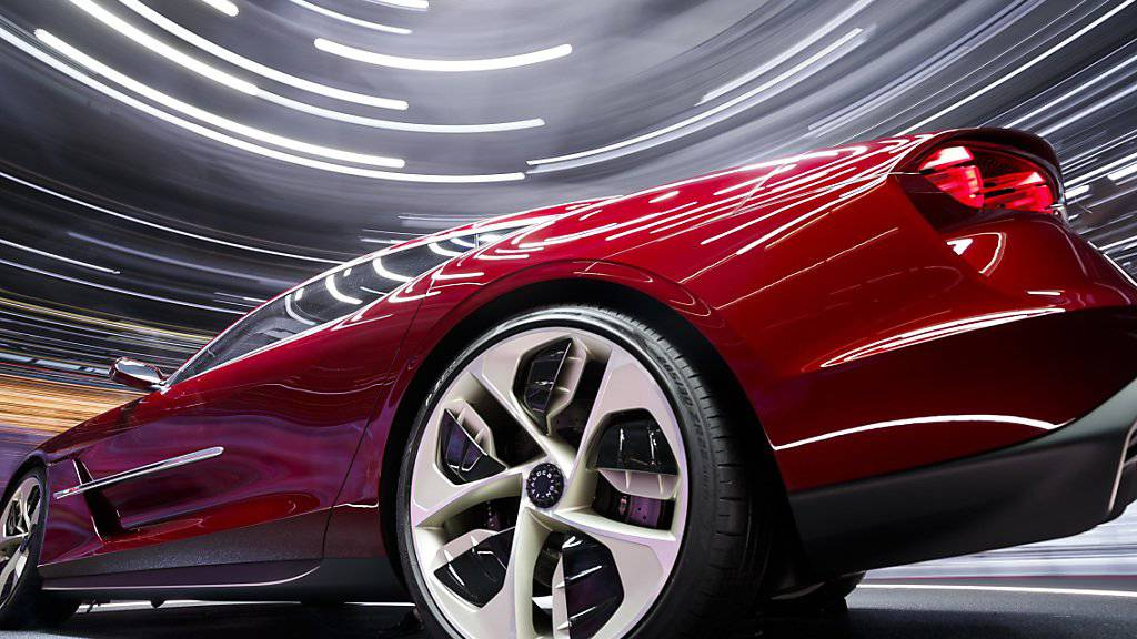 Für einige Tage dreht sich jetzt wieder in Genf alles um die Autos. Bundesrat Ignazio Cassis hat den 89. Genfer Automobil-Salon offiziell eröffnet. (Symbolbild)