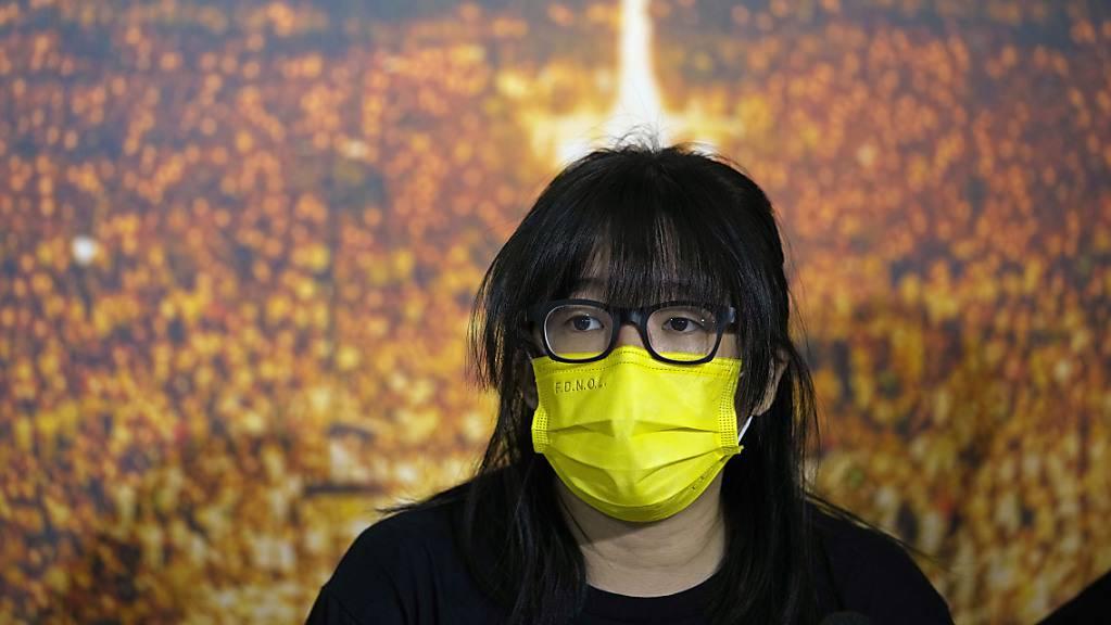 In Hongkong ist die Aktivistin Chow Hang Tung erneut festgenommen worden. (Archivbild)