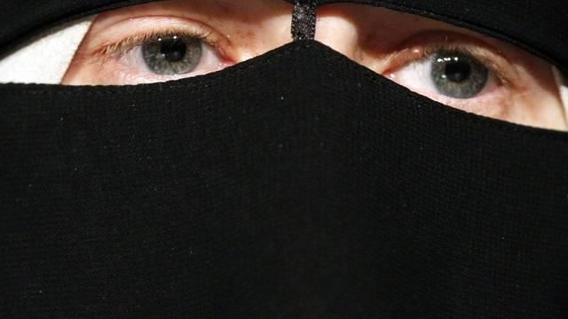 Das Tragen einer Burka bleibt in der Schweiz erlaubt (Archiv)