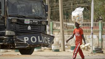 In Nigeria sind am Sonntag bei einem Angriff auf ein Ferienresort im Norden des Landes zwei Personen getötet worden. (Symbolbild)