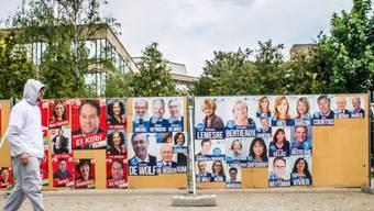Wahlplakate für die Europawahlen in Brüssel (Archiv)