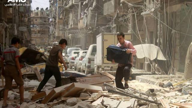 Nach einem Luftangriff in Aleppo (Archiv)