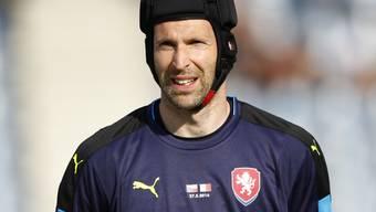 Unverkennbar mit dem Kopfschutz: Petr Cech