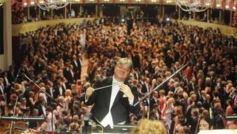 «Mit Musik ist es möglich, eine Geschichte zu erzählen», sagt Dirigent Andreas Spörri. Für ein Konzert kommt er nach Leuggern in die Kirche.
