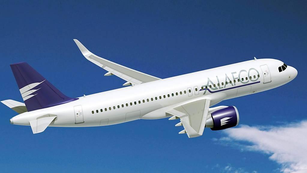 Die Leasingfirma Alafco aus Kuwait hat eine Bestellung beim Flugzeugbauer Boeing auf die Hälfte der ursprünglich georderten Maschinen reduziert. (Symbolbild)
