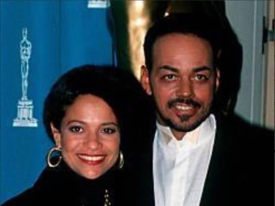 Er arbeitete mit Musikgrössen wie Ray Charles, Quincy Jones und Michael Jackson: US-Soulsänger, Songwriter und zweifache Grammy-Preisträger James Ingram ist tot. Schauspielerin und Sängerin Debbie Allen, eine langjährige Bekannte und Kollegin (im Bild), bestätigte Ingrams Tod am 29. Januar 2019. Ingram wurde 66 Jahre alt.