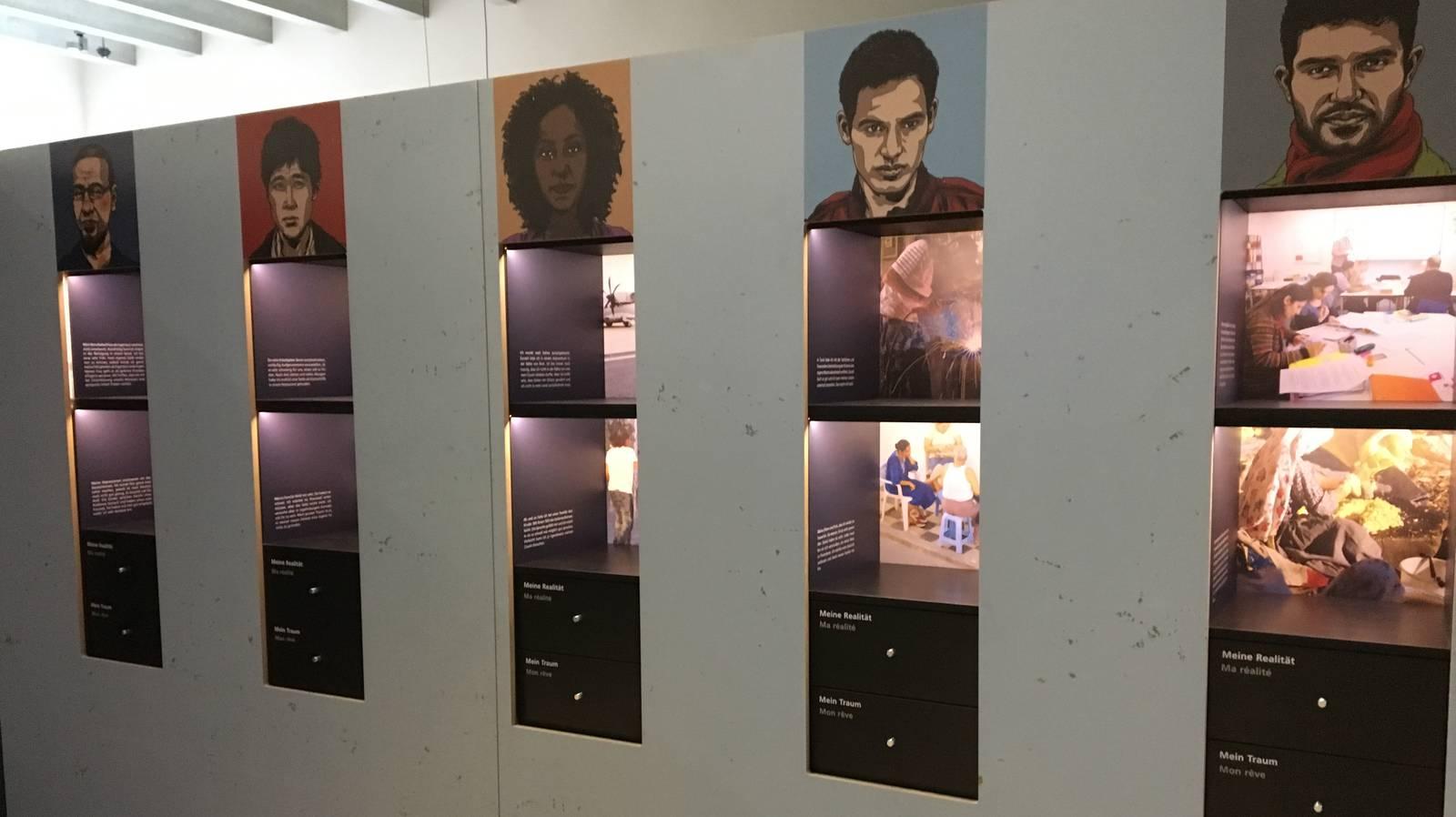 Einblick in die Austellung zum Thema «Flucht» im Stadtmuseum Aarau (© Radio Argovia)