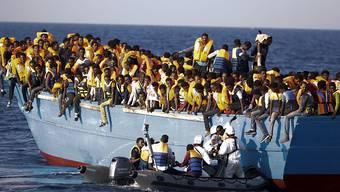 In der Initiative wurde der Bund aufgefordert eine Praxisänderung in der Asylpolitik vorzunehmen und so das Geschäft von Schleppern einzudämmen. (Archiv)