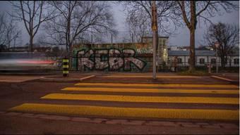 Der Schriftzug der Zürcher Graffiti-Crew ist an unzähligen Orten zu sehen.