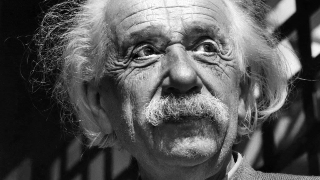 Ein Brief des Physikers Albert Einstein an seine Schwester Maja ist in Jerusalem für über 28'000 Euro versteigert worden. (Archiv)