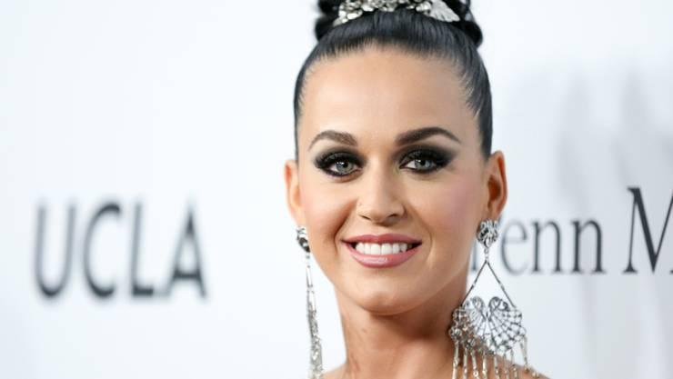 Katy Perry singt nicht nur, sie bedient auch den Markt mit einem einen neuen Make-up (Archiv)
