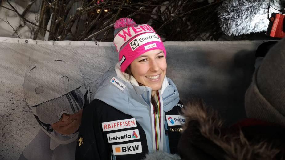 Wendy beim Interview nach Kombi-Gold in Schweden