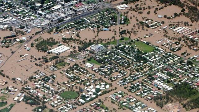 In Australien stehen riesige Landflächen unter Wasser.